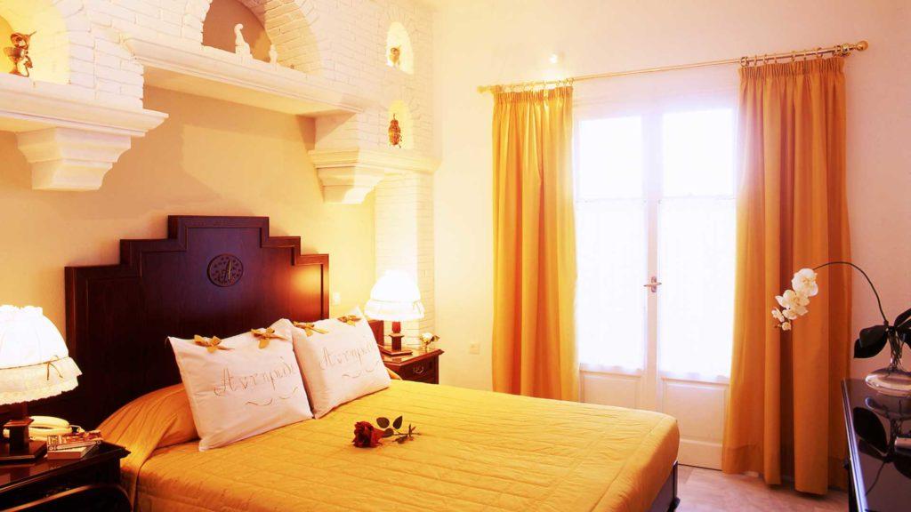Antirides boutique hotel-paros island_Hotel executive room